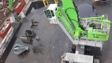 Zeehavenbedrijf Dordrecht heeft geïnvesteerd in een overslagkraan met een volautomatische snelwissel van Rigter Handelsonderneming.